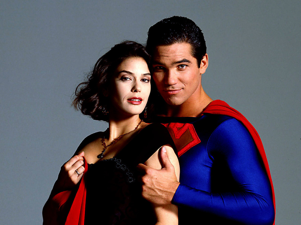 Teri Hatcher and Dean Cain star on Lois & Clark: The New Adventures of Superman. December 3rd Productions