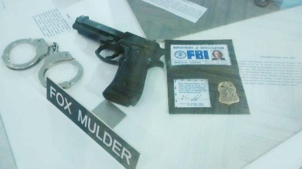 Más utilería, en Expo The X-Files Chile